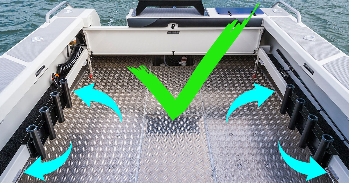 real plate boat construction with fully welded floor