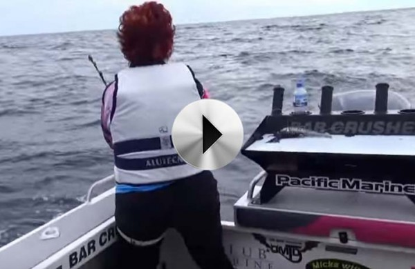 VIDEO: 'justagirl' chasing SBT at Port MacDonnell